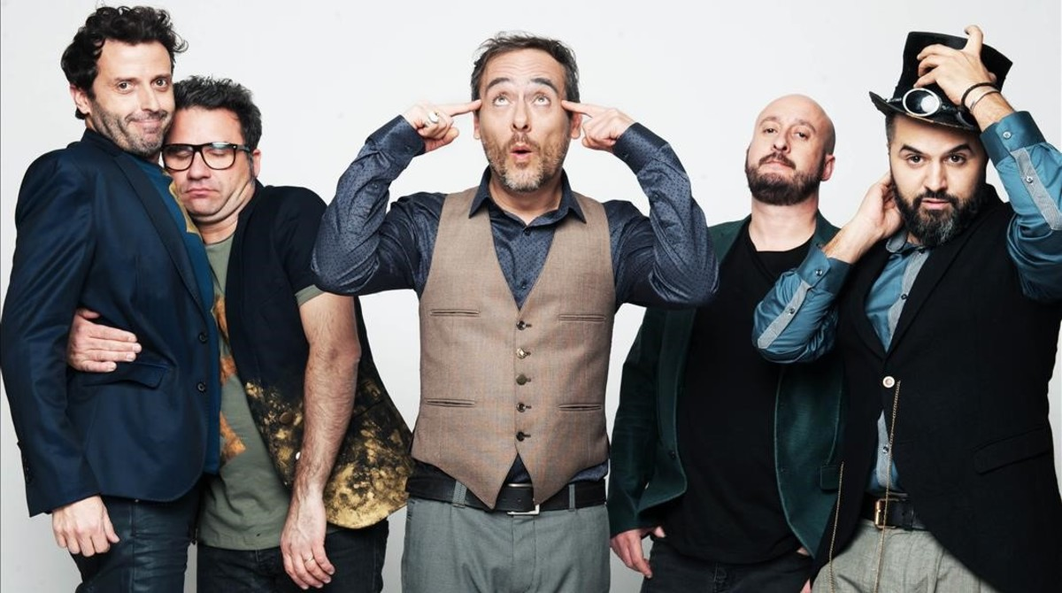 ICULT LOVE OF LESBIAN